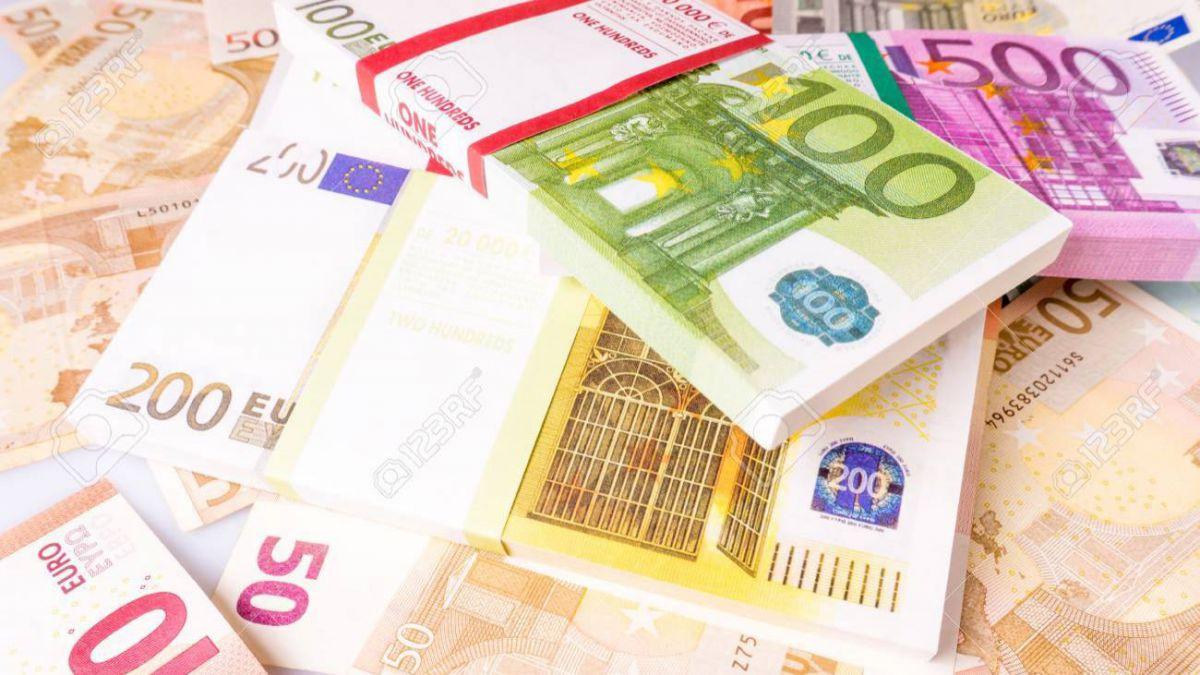 câștigând bani prin tranzacționarea criptomonedelor investiție în valută digitală