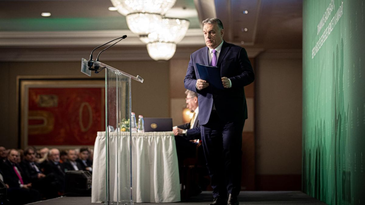 AGORA - Criticat în legătură cu starea de urgenţă în Ungaria ...