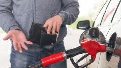 Prețul maxim la carburanți continuă să crească. ANRE explică majorările