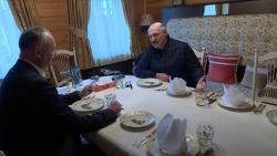S-au susținut reciproc. Dodon: Sunteți bravo! Lukașenko: Știam că Moldovei îi va fi de folos această experiență (VIDEO)