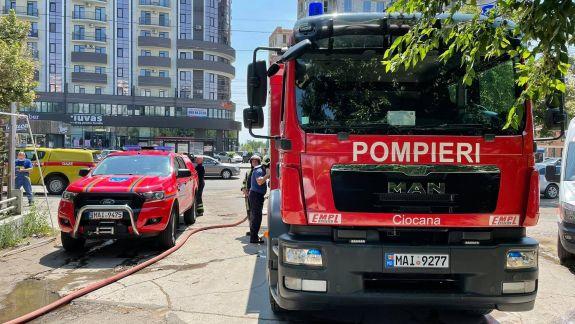 Incendiu într-un local din capitală (FOTO)