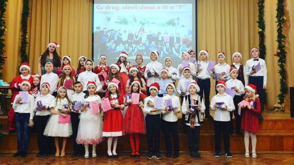 """Din viața unei profesoare din Moldova: """"Nu orice tânăr este gata să-și jertfească sănătatea și frumusețea în numele educației"""""""