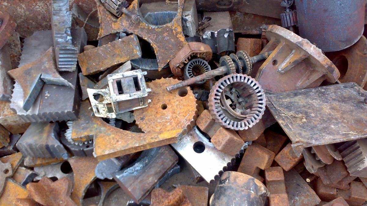 Усатый: 11 компаний получили лицензии на деятельность на рынке металлолома
