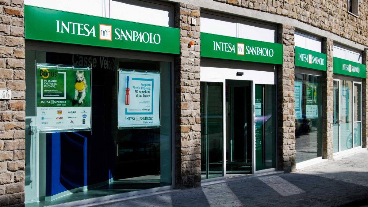 Intesa Sanpaolo Achiziționează Eximbank In Moldova
