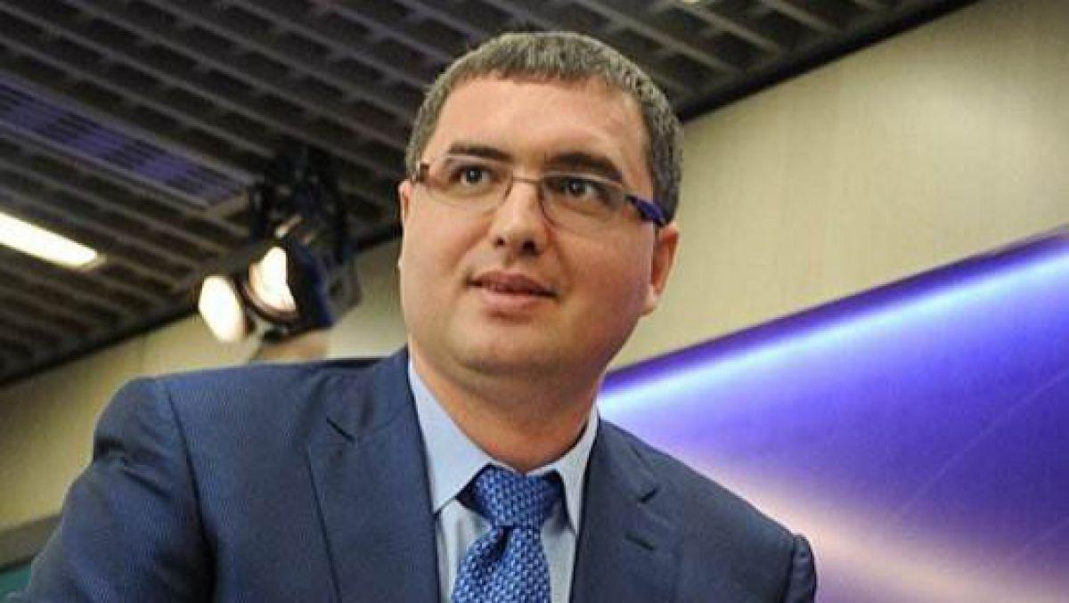 Усатый призвал во втором туре выборов голосовать против Игоря Додона