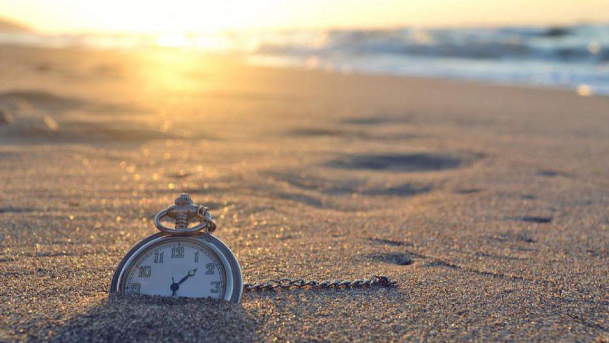 Informaţii cu Măsură: Schimbarea orei în 2014, 2015, 2016 ...  |Schimbarea Orei