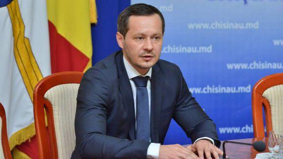 """""""Nu mai există motive de a nu mă înregistra"""". Codreanu mai are de așteptat 24 de ore pentru a afla dacă e acceptat în cursa electorală"""