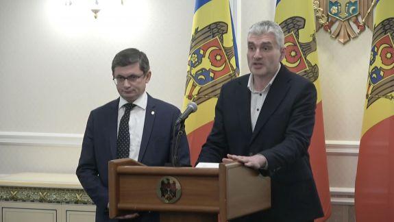 """""""Zarurile sunt deja aruncate, se așteaptă Guvern tehnocrat"""". Blocul ACUM nu acceptă un alt premier decât Maia Sandu: Problema principală e Igor Dodon (VIDEO)"""