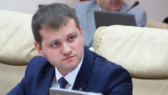 CEC a respins contestația prin care Valeriu Munteanu cerea excluderea lui Ceban din alegeri pentru concertul de Hram (DOC)
