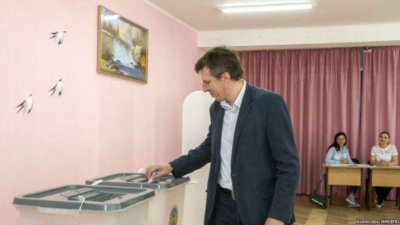 Câte voturi a luat Dorin Chirtoacă pe circumscripția nr. 32, care cuprinde satul său natal (DOC)