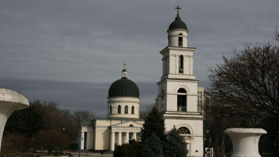 """Catedrala Mitropolitană din Chișinău ar fi fost jefuită. Preotul Octavian Moșin: """"Te cuprinde frica să stai de unul singur în biserică"""""""