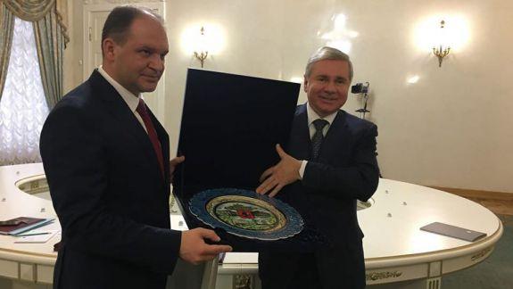 """Ceban, în a doua vizită în Federația Rusă, în doar două luni de la alegeri, planifică să """"înfrățească"""" Chișinăul cu Moscova"""