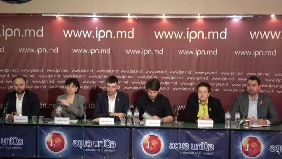 Cinci partide, invitate să se alăture blocului UNIREA