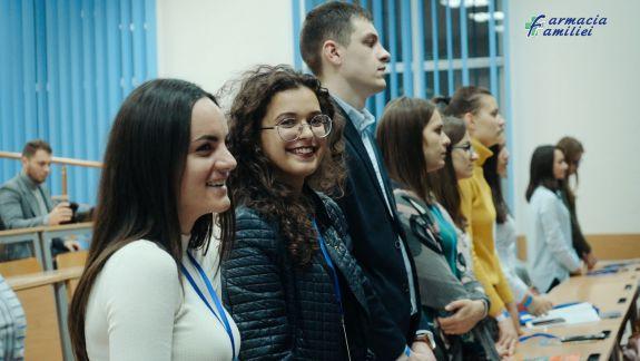Comunicări, ateliere de lucru și conferințe magistrale la ediția a II-a a Congresului Studenților Farmaciști de la noi (VIDEO)