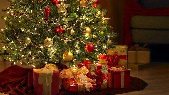 Creștinii ortodocși pe stil vechi sărbătoresc Crăciunul. De unde se trage dublarea sărbătorii