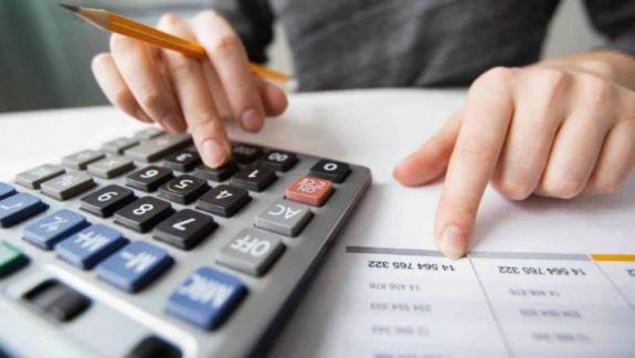 Deficitul bugetar va fi acoperit din privatizări și împrumuturi interne. Cât de sigură este sursa banilor?