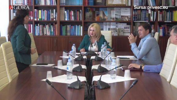 """Democrata Violeta Ivanov și deputata PPDA Inga Grigoriu s-au luat la ceartă. """"Ce ați căutat la mine în birou?"""" (FOCUS)"""