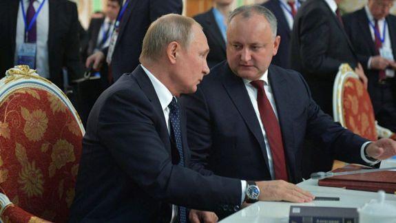 Dodon a cerut de la Putin un credit de 300 de milioane de dolari: Condițiile nu sunt mai rele decât cele negociate cu România, BERD sau BEI