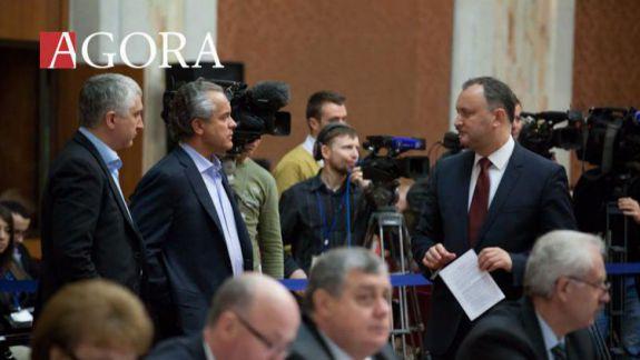 """Dodon afirmă că Plahotniuc urma să fie """"folosit în lupta contra Rusiei"""": Cei care l-au adăpostit înțeleg că nu mai au nevoie de el"""
