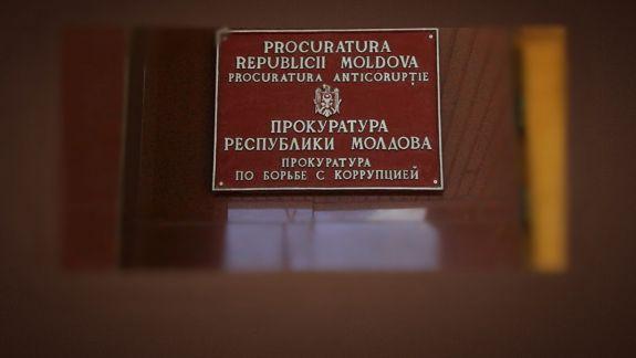 Dosarul legiștilor: Cinci experți judiciari au fost plasați în arest la domiciliu