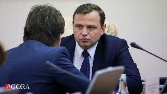 Ex-ministrul de Interne spune cine este persoana cu dublă identitate din anturajul lui Plahotniuc