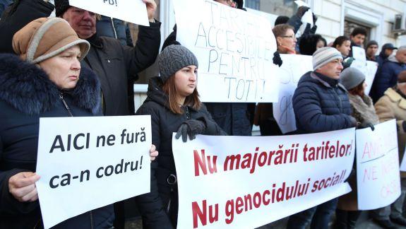 FOTO. Protest la ANRE. Blocul ACUM a cerut reducerea tarifelor la căldură