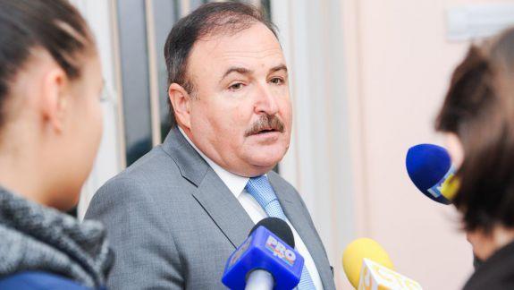 Fostul șef al Spitalului Municipal Nr. 1 a cerut 100 de mii de lei în calitate de prejudiciu moral pentru demisia semnată de Silvia Radu