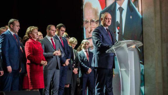 INFOGRAFIC. Echipa cu care socialiștii vor să guverneze Moldova: Mai mulți bărbați decât femei și cu tinerii în minoritate