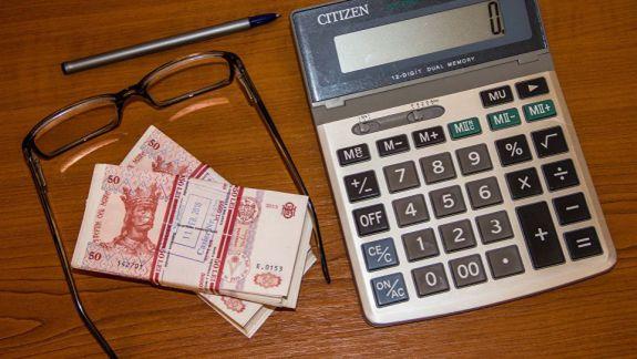Indexarea pensiilor de două ori pe an, adevărată doar pe jumătate? Cum un socialist a schimbat legea în ultimul moment