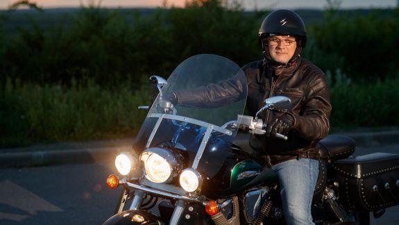 """Între geaca de piele și halatul alb: """"Titanul"""" ortopediei din Republica Moldova, Viorel Vetrilă, vorbește despre marile sale pasiuni"""