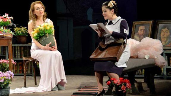 """Interviu cu actrița Diana Decuseară Onică: """"Să faci azi o carieră de teatru într-o Moldovă ca a noastră e un mare lux"""""""