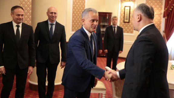 """Jizdan comentează """"războirea"""" dintre Dodon și Plahotniuc: O să găsiți puțină fericire astăzi în PD în urma a ceea ce s-a produs"""