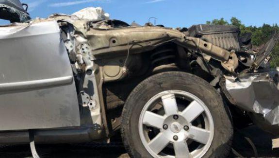 Un autoturism cu moldoveni a ajuns sub un camion lângă Kiev. Șoferul a murit, iar pasagerii sunt la terapie intensivă
