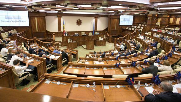 La următoarele alegeri ordinare am putea vota în baza sistemului proporțional. Parlamentul a votat anularea mixt-ului