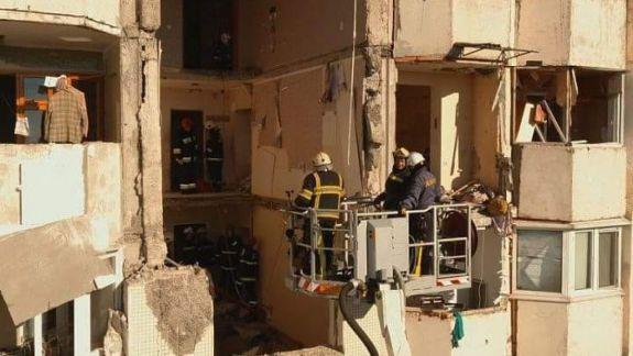 Locatarii blocului din sectorul Râșcani, afectat de deflagrație, vor putea reveni acasă în două săptămâni