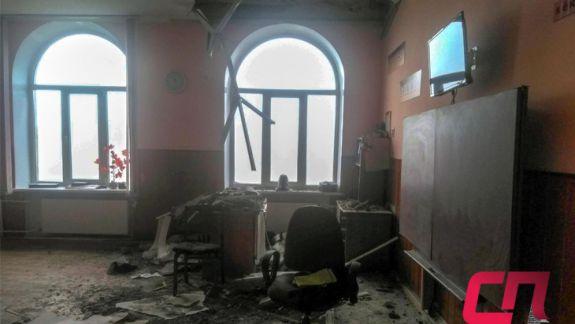 O școală din Bălți, rămasă fără o bucată de pod. Guvernul va aloca 3 milioane de lei pentru reparația acoperișului