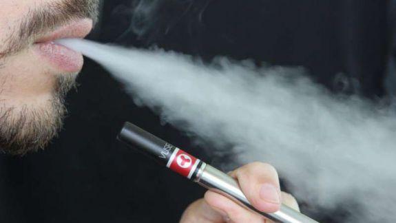 Opinii contradictorii la Parlament la subiectul noilor reglementări pentru produsele IQOS
