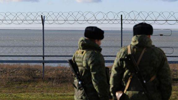 Peninsula Crimeea, separată la propriu de restul Ucrainei. Rusia a finalizat construirea unui gard de 60 de km