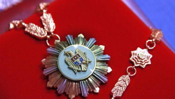 """Plahotniuc ar putea rămâne fără """"Ordinul Republicii"""" cu care l-a decorat Timofti, în 2014. Decizia - la discreția lui Dodon"""