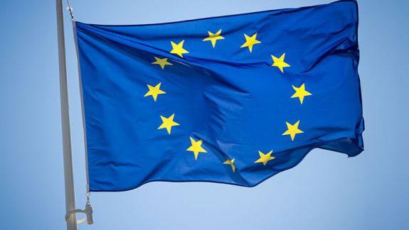 """Poziția UE după """"turbulențele"""" politice: Facem apel la calm, găsiți o cale de dialog"""