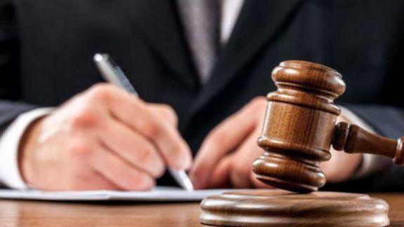 Prim-ministra ar putea să constituie o comisie ce ar evalua activitatea procurorului general în câteva situații