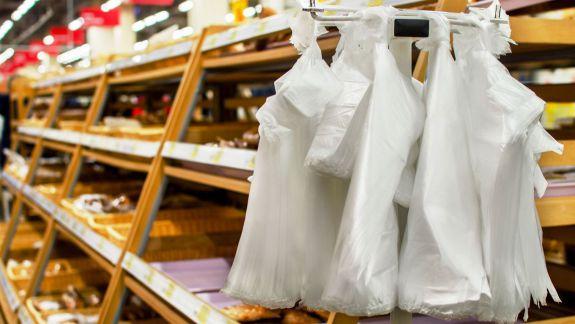 Pungile biodegradabile câștigă teren. Cât costă alternativele sacoșelor din plastic, în magazine (FOTO)