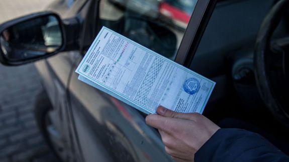 """Republica Moldova ar putea pierde dreptul de a emite certificate """"Carte Verde"""". Sistemul are un deficit de încredere în raport cu țara noastră"""