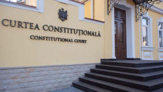 Robu, cu o nouă sesizare la Curtea Constituțională. Se interesează de imunitatea deputaților