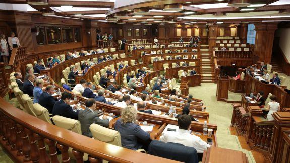 SONDAJ: Patru partide ar accede în Legislativ, dacă duminica viitoare vor fi alegeri parlamentare