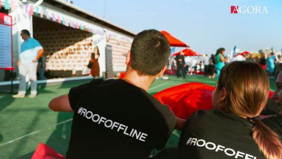 Ultima ediție #ROOFOFFLINE... din această vară. Care sunt impresiile de pe acoperiș și cum a reușit AGORA să adune lume bună la trei evenimente (VIDEO)