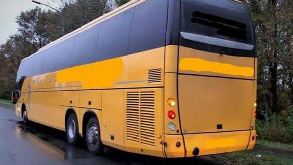 Un autobuz cu 65 de moldoveni a fost reținut în Olanda. Șoferii, învinuiți de trafic de persoane