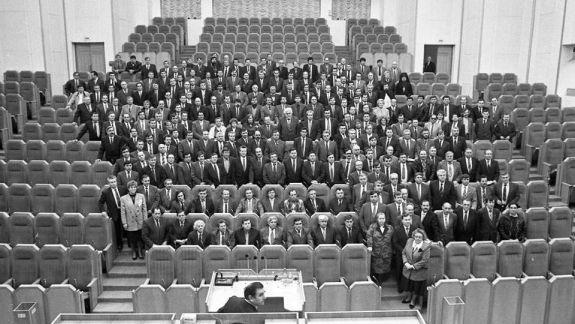 Un grup de deputați din primul Parlament, care au votat Constituția, recunosc Guvernul Sandu și activitatea actualei legislaturi