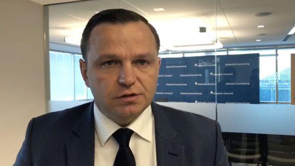 VIDEO. Vectorul european în Constituție. Năstase: Implementați Acordul de Asociere și nu strigați pe la colțuri