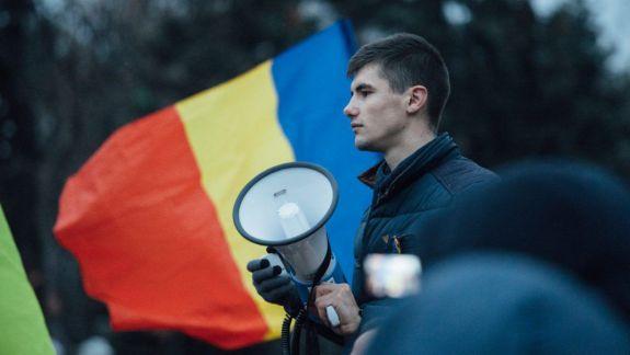 """Vlad Bilețchi, despre decizia de a deveni consilier local la Aluatu: """"În Chișinău e uns cu miere. Candidații unioniști trebuie să meargă la firul ierbii"""""""